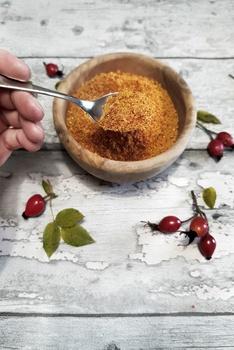 Selbstgemachtes Hagebuttenpulver | Rezepte aus dem Garten