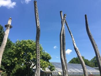 Holz Skulpturen
