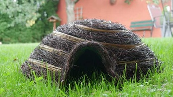 Naturnahes Igelhaus