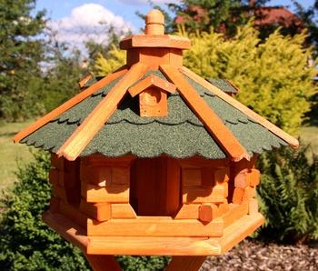 Vogelhaus behandelt
