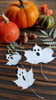 Für die Halloween Party - DIY Blättergeister
