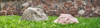 Kunststeine mit Natursteinoberfläche