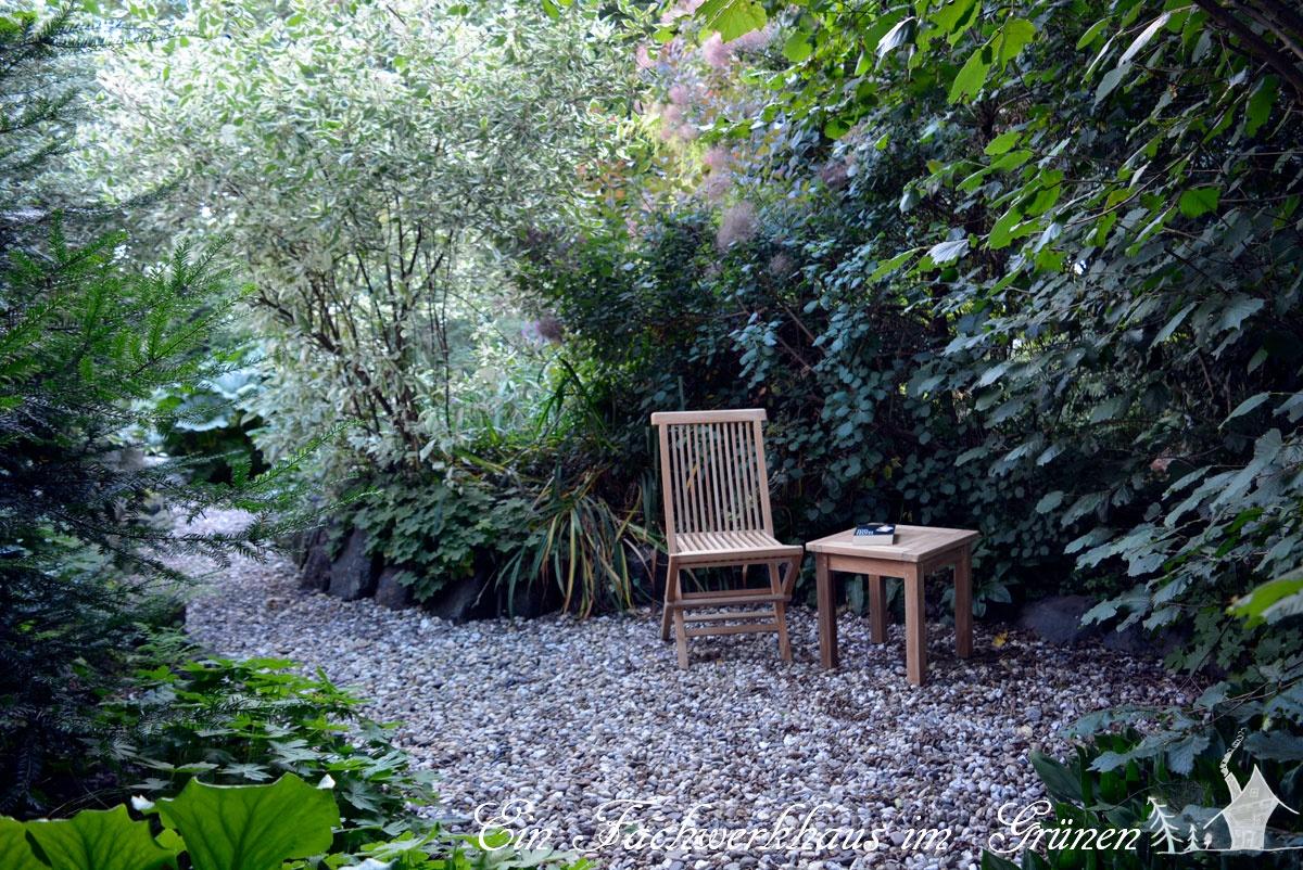 Ein Sitzplatz im Garten